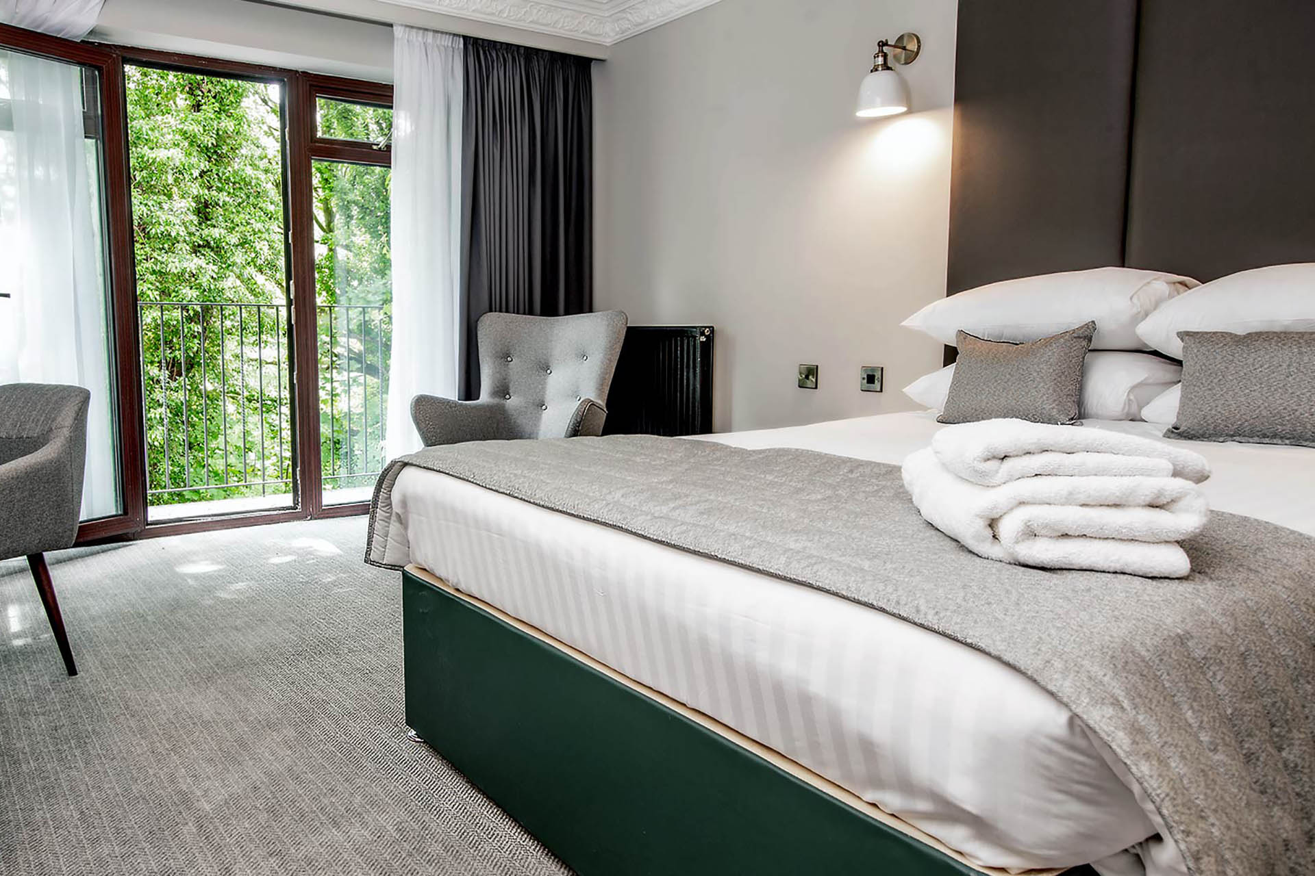 bredbury hall hotel stockport junior suite